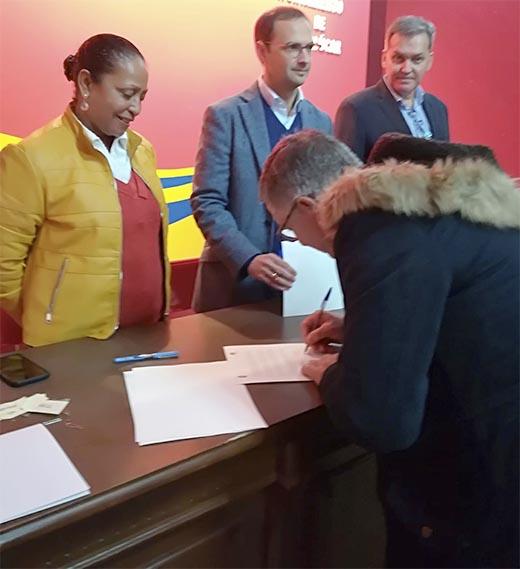 Acuerdo colaboración Ayuntamiento de Sanlúcar con AFEMEN