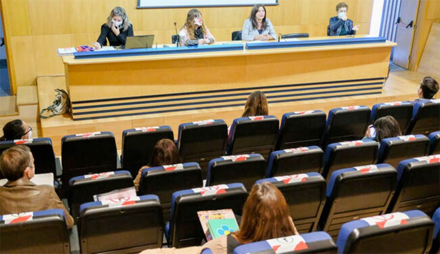 El Ayuntamiento de Cádiz presenta la guía de entidades que trabajan con la discapacidad